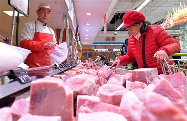猪价大跌9.28元,肉价持续跳水,猪肉10元一斤有戏?1个坏消息!